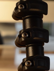 The Manfrotto MKBFRA4-BH flip lock leg system.