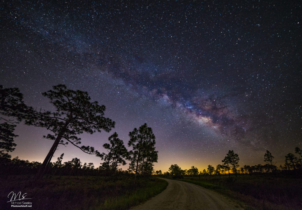 Another great photograph captured using the Rokinon 14mm f/2.8 that offers an excellent example of the type of night time photograph it can provide your Nikon d90.